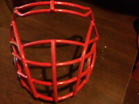 GRILLE FOOTBALL ROUGE PURSUIT