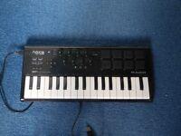 Small MIDI keyboard