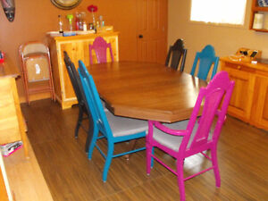 dining table and six chairs Cambridge Kitchener Area image 2