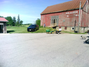 Large shop in main floor of barn water Hydro included