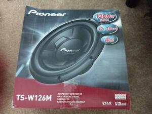 """12"""" Pioneer sub"""