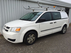 2010 DODGE GRAND CARAVAN C/V, brand new tire and brakes