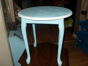 Night stands/end tables/, chair/coffee table