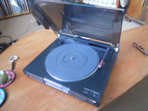 Sansui Direct Drive Linear Tracking Turntable