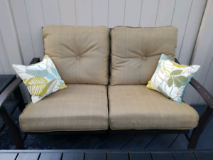 Patio furniture 5pc like new