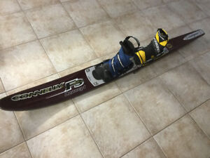 Connelly F3 Concept double boot slalom water ski