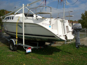 2000 Hunter 240 Sailboat Waterballast Trailer & Outboard