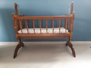 Old Fashioned Cradle
