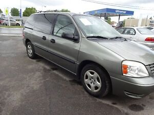 2004 Ford Freestar 7 passager 136000 km Familiale