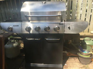 BBQ Master chef one year old 80$