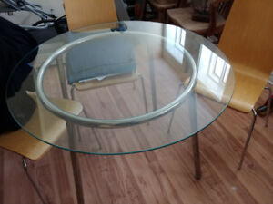 Retro round glass table from ikea with 4 chairs