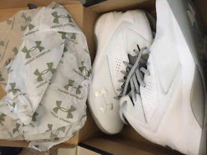New Under Armour White Mens Basketball Size 10 Shoes