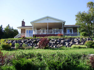 Grand Home On Bras d'or Lake