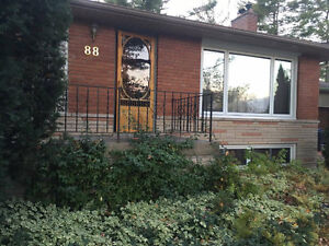 HOUSE FOR RENT NEAR UTSC AND CENTENNIAL COLLEGE