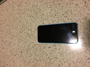 iPhone 5C in mint condition locked to Telus and Koodo