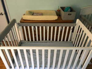 Great Condition, One onwer crib.