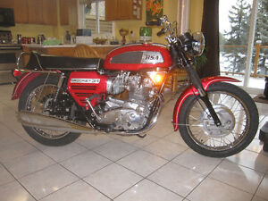 Rare 1969 BSA Rocket 3 A75R Triple 750 CC