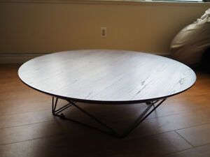 Round Natural Walnut Brown Wood Coffee Table w/ Metal Legs