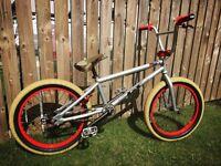GT custom BMX , BMX cruiser, race BMX , jump bike
