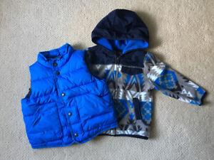 Boy 2T downfill vest