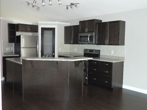 SHERWOOD PARK MAIN FLOOR SUITE (MOVE IN READY)