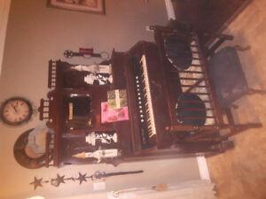 Antique pump organ...must sell