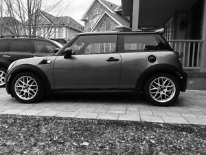MINI Cooper S Hatchback with JCW kit