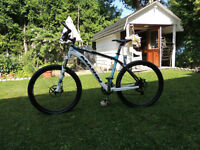 Marin Mountain Bike CRX 2010 carbon $2400 ( negotiable)