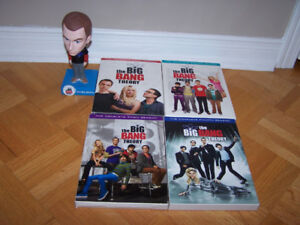 BIG BAND THEORY DVDs season 1-2-3-4  SHELDON BOBBLEHEAD