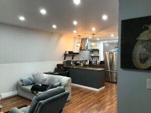 2bdrm 1bath Carriage house - Available March 15th - August 1st
