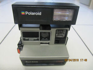 Classic Collectible Rare Polaroid Sun 600 LMS Instant Camera
