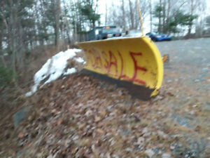 Older gmc 4x4 Fisher plow 7 1/2 foot with everything needed