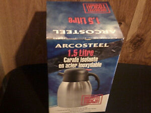 Arcosteel 1.5L  carafe. New in box.