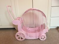 Baby Annabell musical carriage pram/cot