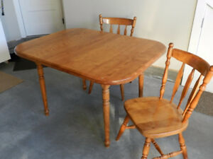 Maple dining table and 2 chairs