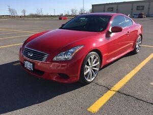 Infiniti G37 sport coupe *** ONLY 27000 km ***