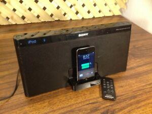 Sony RDF XF 100p Dock/Radio/Stereo