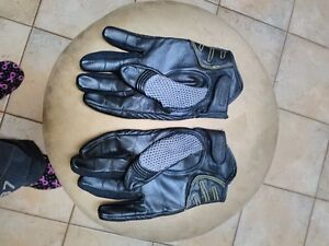 ICON RIDING GLOVES SIZE L Windsor Region Ontario image 3