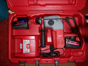 NEW MILWAUKEE 18/28volt 3 MODE SDS HAMMER DRILL KIT Kingston Kingston Area image 2