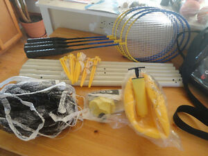BADMINTON/VOLLEYBALL SET NEVER USED