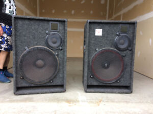 WOW!  CerwinVegaPD18 LOUD!speakers,Traynor200+ Amp.