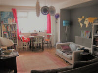 Beautiful and spacious furnished ground floor flat on quiet street near seafront and shops