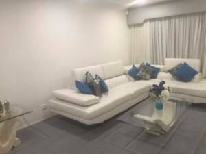 Room for rent stanhope gardens 5 min walk to metro station and tway