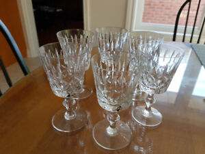 Beautiful vintage Cross and Olive crystal sherry glasses