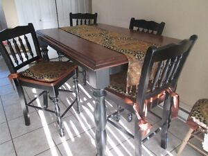 Solid wood dining table Campbell River Comox Valley Area image 4
