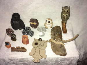 Set of 13 Collectable Owl Figurines / Collection bibelots hiboux