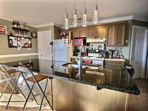 10 YEAR OLD BUNGALOW $335000 Kingston Kingston Area image 4