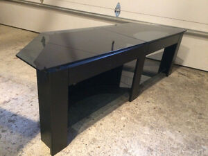 TV stand bran new condition