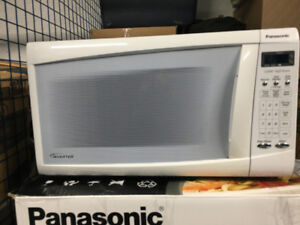 Microwave Oven - Panasonic Inverter - White