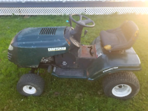Craftsman 42in cut lawn tractor 14.5hp